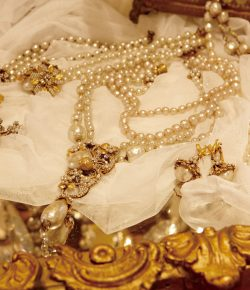 Vintage Costume Jewelry Fair