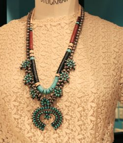 【NEW】Heishi Necklace & Fetish Necklace